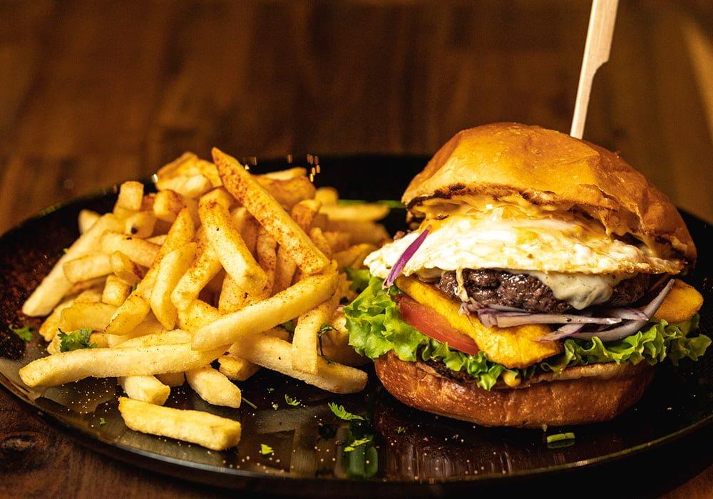 Peruana Burger